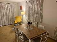 Jídelní část - apartmán k pronajmutí Lipno nad Vltavou