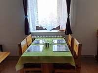 Kuchyně+jídelna - apartmán ubytování Zelená Lhota