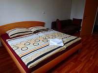 Ložnice 2 - apartmán k pronajmutí Strážný