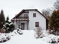 Nově zařízená villa v srdci Lipna - vila - 40