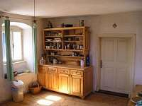 Kuchyně - chalupa k pronajmutí Šumavské Hoštice