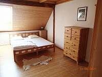 Ložnice 2 - chalupa k pronájmu Šumavské Hoštice
