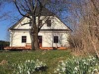 Jaro v Údolí - chalupa k pronájmu Černé Údolí
