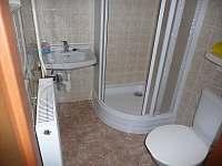 Koupelna v chatě - pronájem Annín