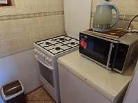 Kuchyňka - chata k pronajmutí Annín
