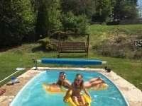Bazén - chalupa k pronájmu Hlohová