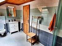 Horní koupelna - srub k pronajmutí Mochtín - Srbice