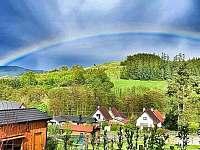 Pohled z pergoly - srub ubytování Mochtín - Srbice