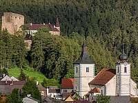 Hrad Velhartice a Kostel - pronájem chaty