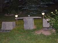 Venkovní sezení v horní části zahrady - Petrovice u Sušice - Vojetice