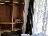 Úložný prostor v druhé ložnici C1 - Nová Pec
