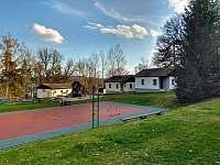 Chata č. 2 - hřiště - k pronajmutí Hnačov