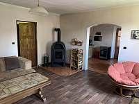 Obývací pokoj - chalupa ubytování Velenovy