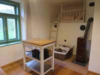 kuchyň - pec a kamna - chalupa ubytování Sušice - Chmelná