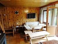 Hlavní společenská místnost s přístupem na balkon. - pronájem chaty Klenčí pod Čerchovem - Capartice