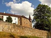 Tip na vylet:hrad Velhartice - chata k pronájmu Hnačov