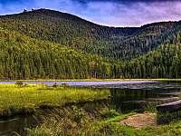 Tip na vylet:Male Javorske jezero-pohled na Velky Javor - pronájem chaty Hnačov