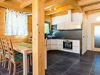 Kuchyň s jídelnou - apartmán k pronajmutí Loučovice