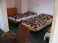 podkrovní pokoj - chalupa ubytování Nezdice na Šumavě