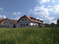 Usedlost Humpolec u Sušice - chalupa k pronajmutí