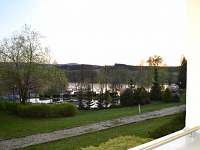 podvečerní výhled z terasy