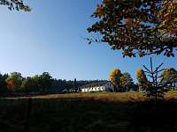 Pohled na chalupu - ubytování Stachy - Lesní Chalupy