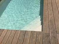 Venkovní bazén - chalupa k pronajmutí Stachy - Lesní Chalupy