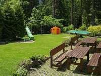 Zahrada - chata ubytování Špičák