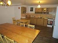 Společenská místnost kuchyně - chalupa ubytování Borová Lada - Račí