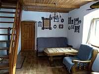 obývací pokoj - chalupa k pronájmu Sviňovice