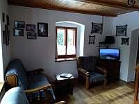 obývací pokoj - chalupa k pronajmutí Sviňovice