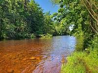 Řeka Otava - chalupa ubytování Dlouhá Ves