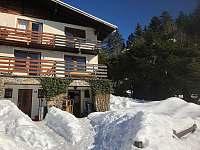 apartmán u lesa, kde vede křížová cesta k Belvederu, běžkařské trasy, restaurace