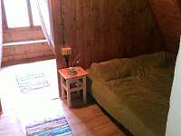 podkroví - ložnice - chata k pronájmu Nová Pec