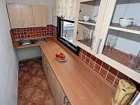 Kuchyňská linka - chata k pronájmu Frymburk