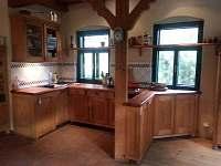 kuchyně - chalupa ubytování Soběšice