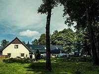 Chaty a chalupy Stezka korunami stromů na chalupě k pronajmutí - Svatý Tomáš
