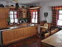 kuchyně velký apartmán - chalupa k pronájmu Pohorská Ves - Lužnice