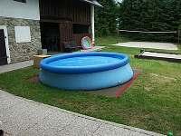 bazén - chalupa k pronájmu Prapořiště