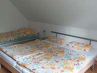 ložnice podkroví 2 - chalupa k pronajmutí Frymburk - Svatonina Lhota