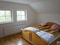 Ložnice s manželskou postelí - Zdíkov