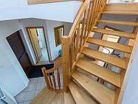 schody do patra vila 220 - Lipno nad Vltavou