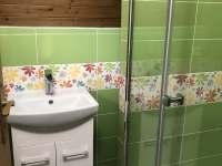 Koupelna 2 část Klára - chalupa k pronájmu Bližší Lhota