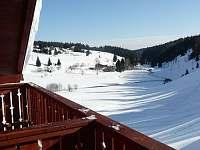 Čtyřlůžkový apartmán - výhled z balkónu - Kvilda