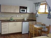 Kuchyňka v apartmánu - ubytování Filipova Huť