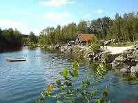 Koupaliště Lomeček - chalupa ubytování Kout na Šumavě