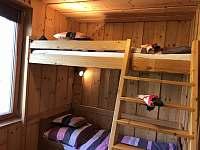 Apartmán 1 - Ložnice B (jednolůžko dole, dvoulůžko nahoře) - Nová Pec - Pěkná