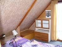 Velká ložnice s dvojlůžkem