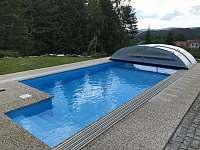 Bazén 7x3,7 m - chalupa ubytování Stachy - Kůsov