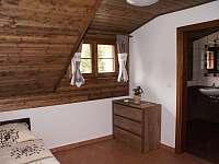 Pokoj apartmánu 2 v podkroví - chalupa k pronajmutí Stachy - Kůsov